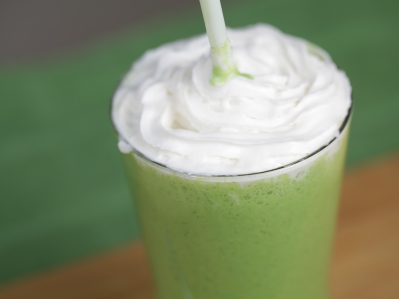 VegNews.ShamrockShake