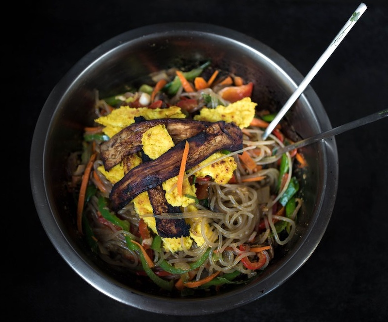 VegNews.Japchae Cropped