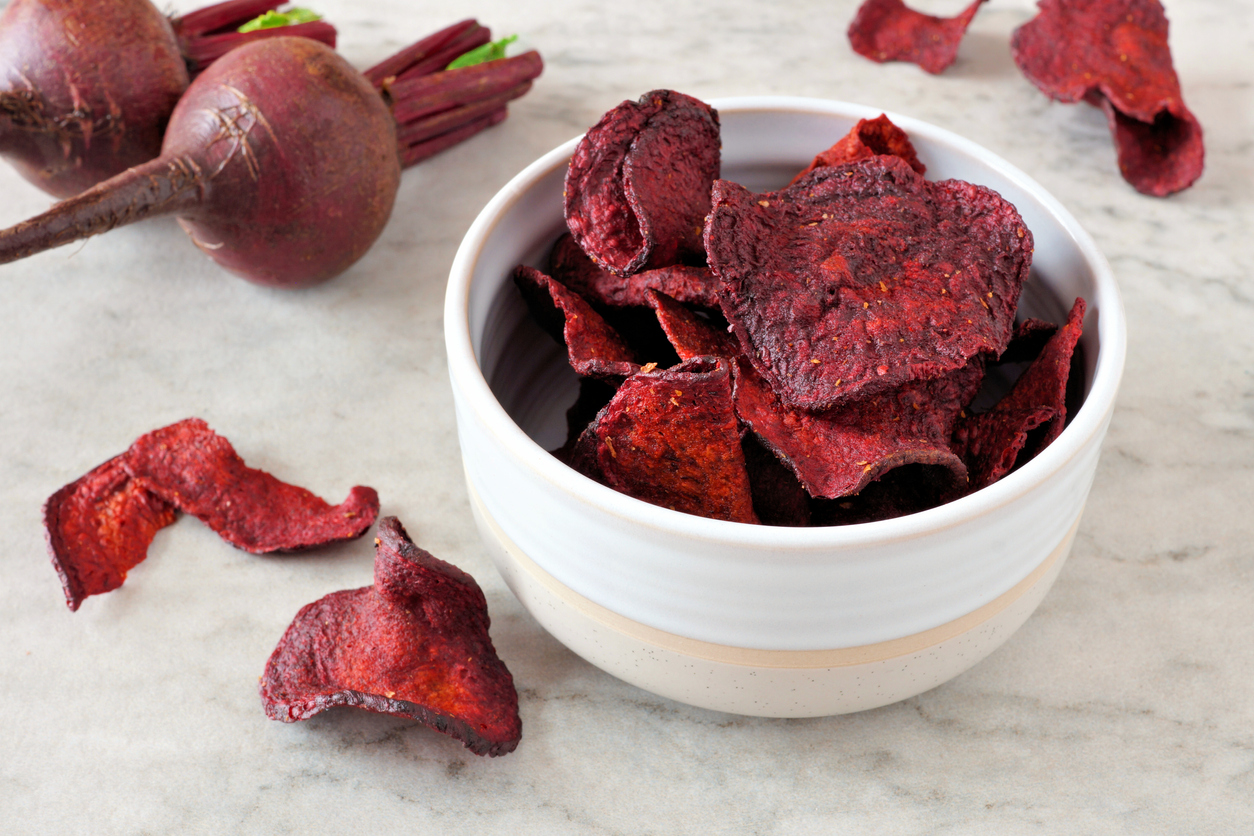 VegNews.BeetChips