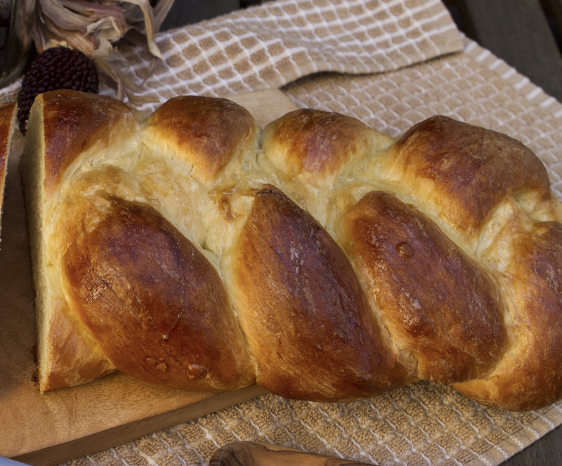 VegNews.PumpkinChallah Cropped
