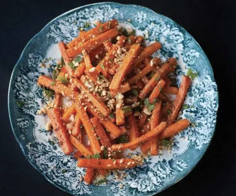 VegNews.carrotsalad Cropped