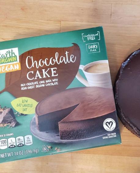 VegNews.ChocolateCake