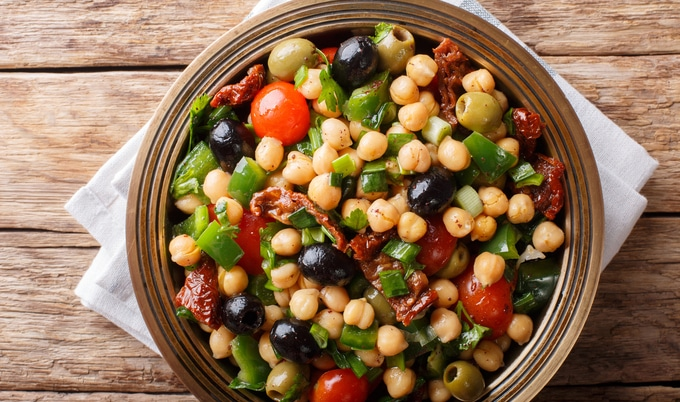 Vegan Middle Eastern Chickpea Salad