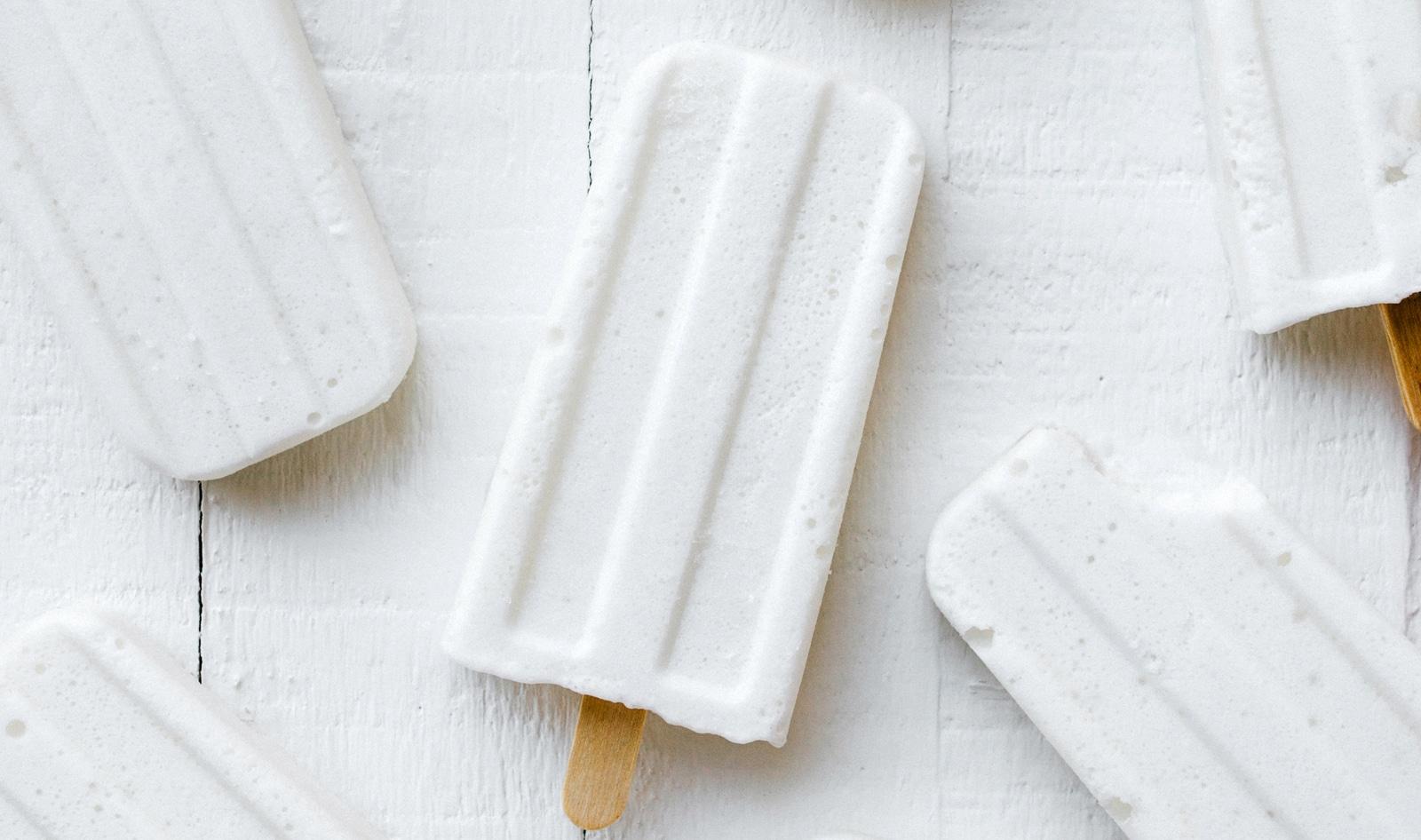 VegNews.MarshmallowCoconutCream