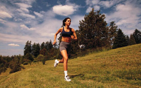 vnd-woman-running