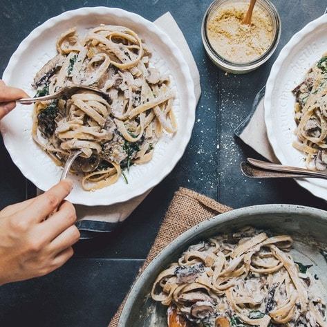 VegNews.MushroomFettuciniAlfredo