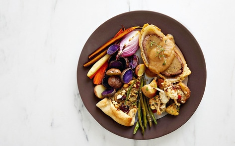 10 Vegan Thanksgiving Entrees That Keep Turkeys Off the Table
