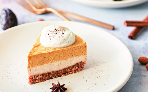 VegNews.LayeredNoBakeCheesecake