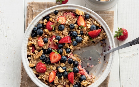 Vegan Baked Berry Oatmeal