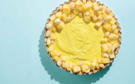 VegNews.PineappleGingerCreamTart