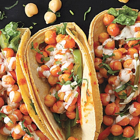 VegNews.BuffaloChickpeaTacos.RichaHingle