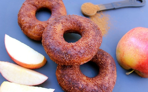 VegNews.AppleCiderDoughnuts