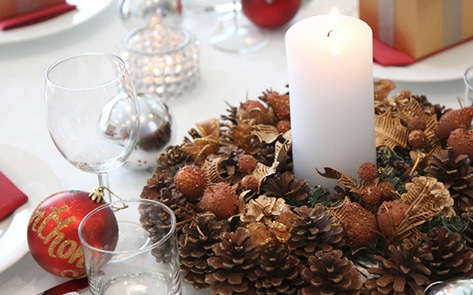 VegNews.HolidayTableSetting