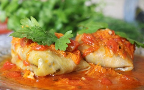 VegNews.StuffedCabbageRolls
