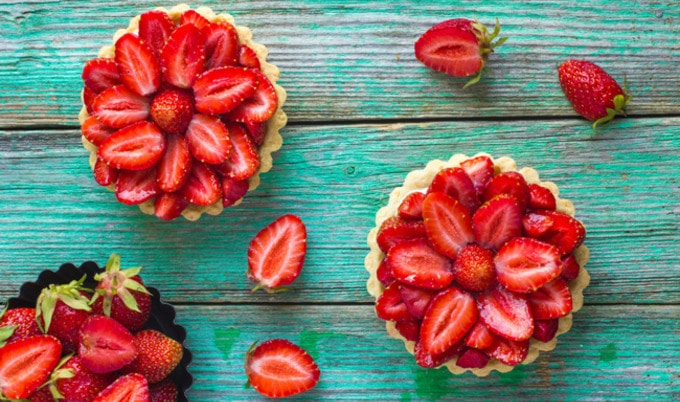 VegNews.StrawberryTart