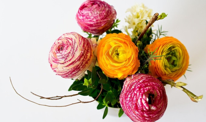 VegNews.FlowerBouquet
