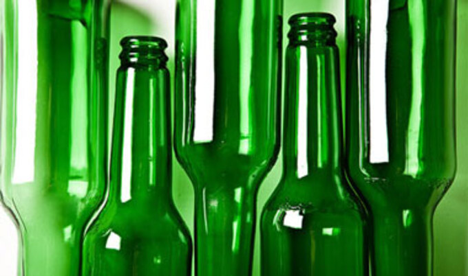 vnd-green-glass