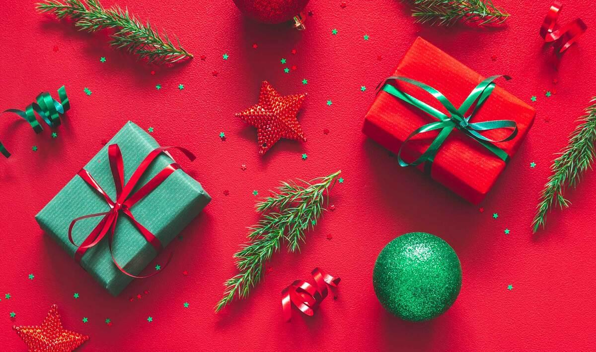 Vegan Shopping List 2021 Christmas The Ultimate Vegan Gift Guide To End 2020 Vegnews