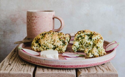 Vegan Sour Cream Onion Scones