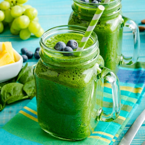 VegNews.Smoothie.Green3