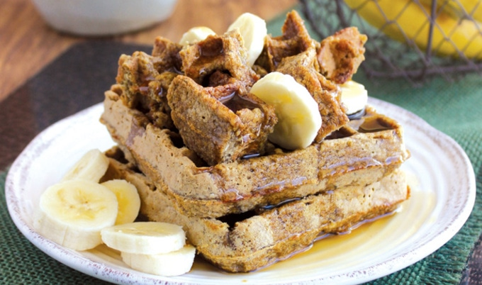 VegNews.BananaOatWaffles