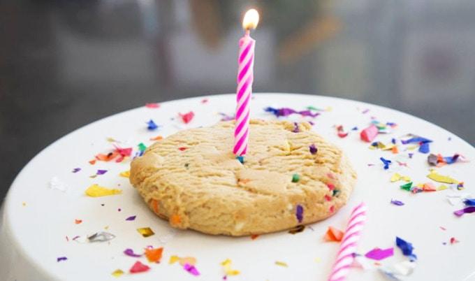 VegNewsLennyandLarryBirthdayCakeCookies2LG Lenny Larrys Birthday Cake