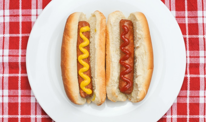 VegNews.HotDogs.GarrisonMcArthurPhotographers