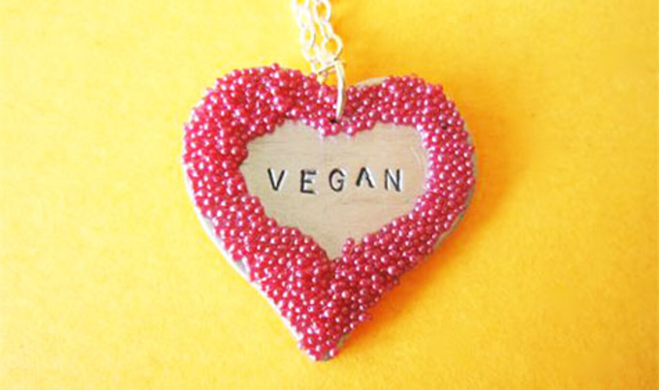 12 Vegan Non-Food Gifts to Woo Your Sweetheart This Valentine's Day