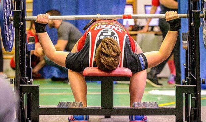 Vegan Weightlifter Sets New Record in Iceland
