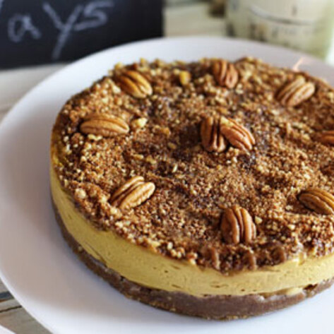 Raw Vegan Pumpkin Pie Cheesecake