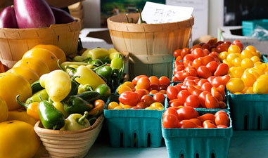 Neighborhood Disparities in Access to Healthy Foods and Their Effects on Environmental Justice