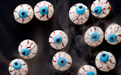 Spooky Eyeball Mini Cupcakes