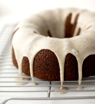 VegNews.GingerbreadBundtCake
