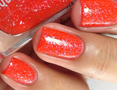 This Ultra Shine Cruelty Free Nail Polish Will Give Your Nails A Holiday Glitz And Glamour Makeover Choose Between Fireworks Inspired Colors Such As Star
